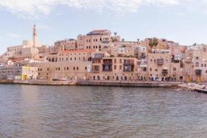 以色列-【尚·深度】以色列8天*迦南之美*文化休闲<死海漂浮之乐,德鲁兹特色小镇,戈兰酒庄品酒,加利利湖烤鱼餐,基布兹特色餐>