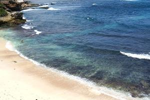 巴厘岛-【甜蜜侣程】巴厘岛6天*机票+2晚豪华泳池别墅+2晚超豪华酒店+蜜月婚纱摄影+全程专属车导<蜜月摄影套餐>