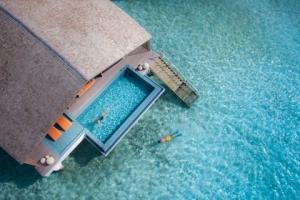 【自由行】马尔代夫卡尼岛、翡诺岛6天*ClubMed*机+酒*广州直航*等待确认<一价全包>