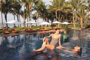 新加坡【移动-【自由行】印尼民丹岛5天*机票+酒店*ClubMed地中海俱乐部*广州直航*等待确认<一价全包、2晚民丹2晚新加坡希尔顿>