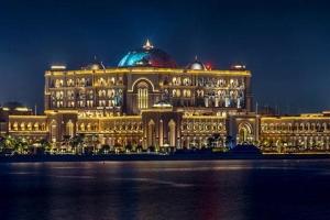 迪拜-【誉·休闲】阿联酋迪拜、阿布扎比6-7天*帆船678*奢华<帆船酒店170平方米复式海景套房,酋长皇宫酒店,亚特兰蒂斯美食,赠送境外WIFI服务>