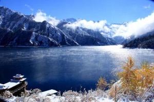新疆-【乐·深度】新疆、乌鲁木齐、吐鲁番、双飞5天*天池*坎儿井*大巴扎*乐游<全程升级豪华酒店>