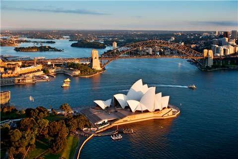 澳大利亚 布里斯本 黄金海岸 悉尼 凯恩斯-【典·博览】澳洲(悉尼、凯恩斯、布里斯本、黄金海岸)8天*缤纷炫彩*广州往返<大堡礁,自然遗产热带雨林,直升飞机观光,私家电动艇,野生动物园>