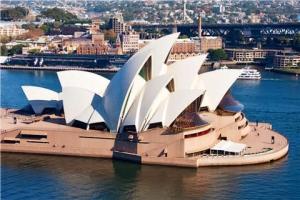 澳洲-【典·博览】澳洲(悉尼、凯恩斯、布里斯本、海豚岛、黄金海岸)9天*亲子*广州或香港往返<大堡礁,喂食野生海豚,奇趣捉蟹,天堂农庄>