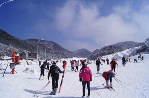 【尚·休闲】湖南、长沙、高铁4天*高山户外双板滑雪