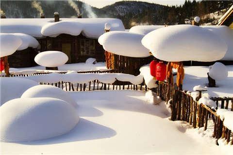 【冰雪奇缘】东北雪乡吉林万科松花湖度假区滑雪双飞5天