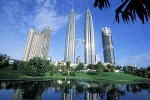 马来西亚-【誉·博览】新加坡、马来西亚5天*皇牌尊享<不走回头路,环球影城,滨海湾温室植物园,阿罗美食街网红烧鸡翼,全程超豪华酒店>