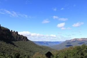 悉尼-澳大利亚【当地玩乐】悉尼集散 蓝山徒步+三姊妹峰+观光火车一日游.等待确认