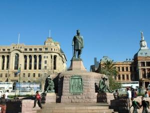 【跟团游】南非8天*动物世界*比林斯堡敞篷车*北京往返*等待确认<探寻非洲五霸猎奇>