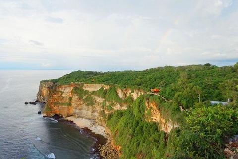 <巴厘岛6天>机票+2晚泳池别墅+2晚超豪华酒店+机场接送+半天市区游览