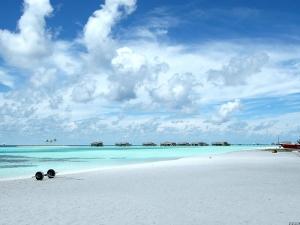 巴厘岛-尊品-巴厘岛7天*3晚国际品牌酒店*双体游艇出海*全国联运*上海往返*等待确认