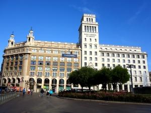西班牙-【跟团游】欧洲、荷兰、西班牙、葡萄牙14天*库肯霍夫花园*高迪建筑*特色美食*一价全含*北京往返*等待确认