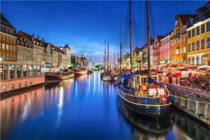 瑞典-【尚·深度】北欧四国、冰岛12天*AYI*纯净冰岛*峡湾游船*高山景观火车<哈姆雷特城堡,北欧游轮双人舱>