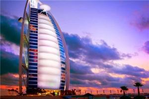 迪拜-【誉·休闲】阿联酋迪拜6天*帆船5557*奢华<帆船酒店170平方米复式海景套房,棕榈岛缆车,阿拉伯木船游运河>