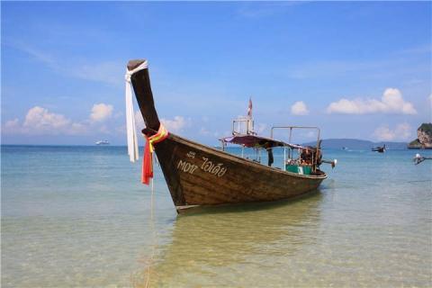 甲米-泰国【当地玩乐】代订甲米七岛大长尾船日落游*等待确认