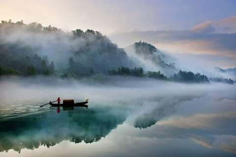 湖南、郴州、莽山、高铁3天*奢华住宿*泡森林温泉*品三文鱼宴
