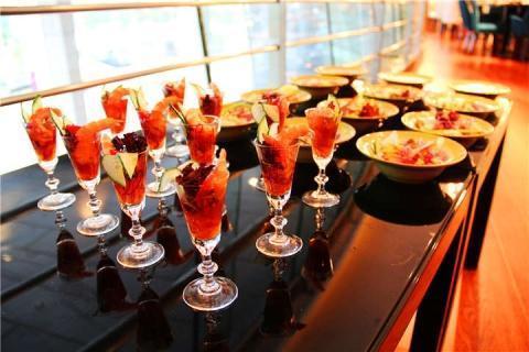 曼谷-泰国【当地玩乐】代订曼谷拜约克摩天塔 空中水上市场餐厅(75层)午餐
