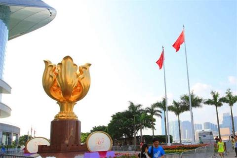 香港2天*超值*车公庙*天际100*浅水湾*金紫荆广场