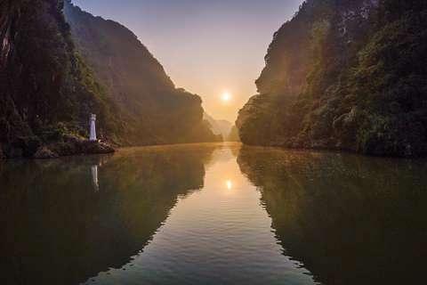 连州地下河、湟川三峡2天*篝火晚会灯光节*菜心腊味宴