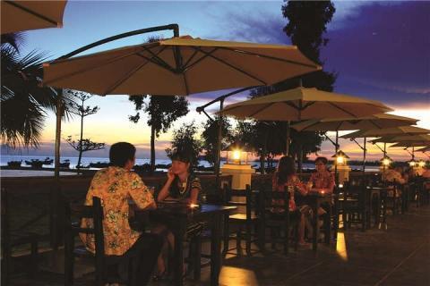 茂名-茂名浪漫海岸,东南亚风情表演、海鲜大盘菜美食浪漫之旅二天【温德姆酒店】