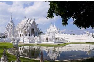 泰国-泰国【当地玩乐】代订清莱游 (白庙 + 黑庙) 一日游(中文服务)*等待确认