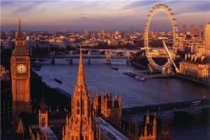欧洲-【尚·全景】英国、爱尔兰15天*BAIS*威尔士首府*深度苏格兰*莫赫悬崖*探秘尼斯湖<巨石阵,巨人大堤,温莎古堡,泰坦尼克号博物馆,健力士啤酒博物馆>