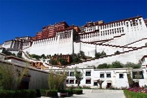 西藏-【典·全景】西藏、拉萨、林芝、日喀则、三飞9天*青林日<青藏铁路,拉萨升级豪华酒店>