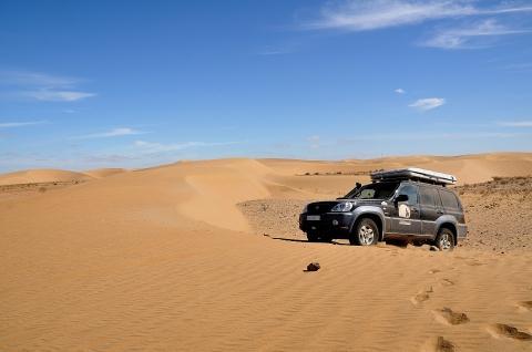 迪拜-迪拜当地玩乐代订沙漠冲沙一日游 豪华冲沙+五星营地自助 (等待确认)