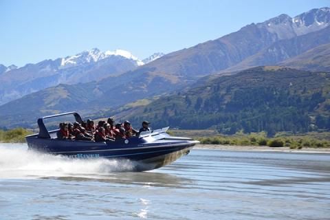 新西兰 皇后镇-【当地玩乐】 新西兰皇后镇达特河快艇探索半日游