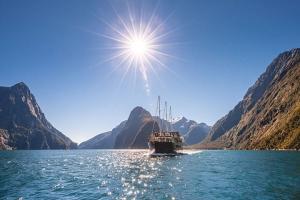 新西兰-【当地玩乐】 新西兰米佛峡湾探索自然巡游一日游