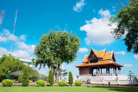 曼谷-泰国【当地玩乐】代订曼谷酒店-芭提雅酒店单程用车服务 (专车 1-3人)