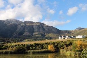 南非-【典·深度】南非8天*纯美缤纷*广州往返<比林斯堡追踪野生动物,企鹅滩观赏逗趣小企鹅,豪特湾乘船出海观海豹,酒庄品尝特色葡萄酒,连住4晚开普敦>