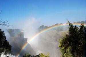 赞比亚-【典·猎奇】赞比亚、博茨瓦纳、津巴布韦10天*猎奇探秘*小飞机俯瞰奥卡万戈三角洲*广州往返<维多利亚大瀑布,马卡迪卡迪盐沼,独木舟游猎三角洲>