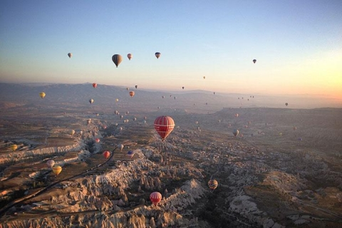 土耳其12天·全景环游·直航<地中海.棉花堡.卡帕多奇亚.番红花城>