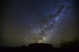 澳大利亚-【当地玩乐】澳洲乌鲁鲁日出和岩石环游半日游