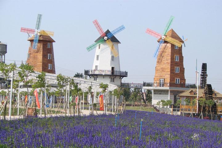 聚龙湾天然温泉度假村