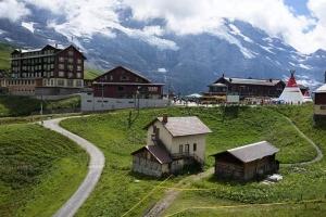 列支敦士登-瑞士 少女峰一日游 (苏黎世往返+登山齿轮小火车)  ·等待确认