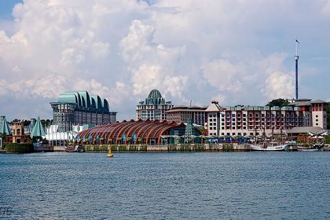 <新加坡5天>广州往返机票+2晚名胜世界超豪华+2晚喜来登+接送