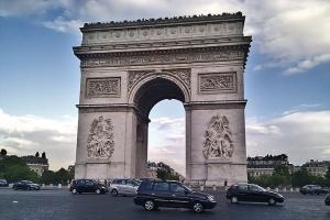 法国-【典·深度】法国、瑞士12天*AFS*南法风情*皮拉图斯金色环游*TGV高铁<莱蒙湖畔,梵高向日葵创作地阿尔勒>