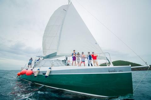普吉-泰国当地玩乐普吉岛1日游 皇帝岛珊瑚岛 双体帆船 海钓 泰国旅游 *等待确认