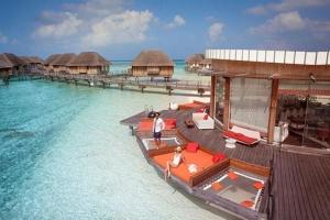 马尔代夫【移动-【自由行】马尔代夫卡尼岛7天*机票+酒店*ClubMed地中海俱乐部*广州往返南航*等待确认<一价全包、5会所>