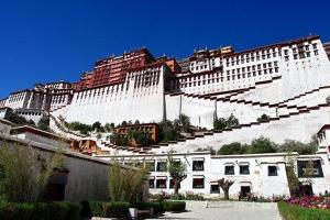 西藏-【拉萨自由行】三飞6天*2晚拉萨豪华酒店+布达拉宫门票*等待确认<去程直飞拉萨>