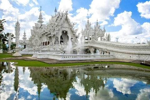 清莱-泰国清莱游 (白庙 + 黑庙)一日游.等待确认