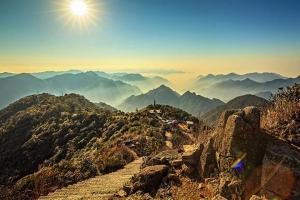 莽山-【汽车跨省】湖南、郴州3天*雾漫小东江*莽山国家森林公园