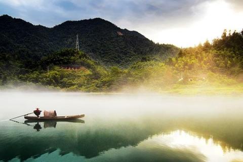 湖南·郴州高铁3天·环游东江·南国草原·一晚超豪华酒店