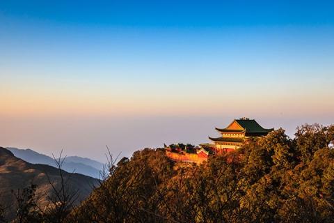 湖南郴州高铁3天.莽山.寺暮影.高山温泉<摄影之旅>
