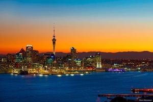 澳洲-【尚·深度】澳洲(悉尼、凯恩斯、布里斯本、黄金海岸、墨尔本)、新西兰北岛12天*品质<诺曼外堡礁,歌剧院入内,马车巡游,霍比特人村,毛利歌舞晚宴>