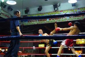泰国-泰国【当地玩乐】代订清迈Thaphae 泰拳表演*等待确认