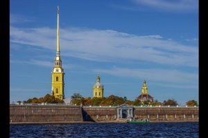 俄罗斯-【尚·深度】俄罗斯9天*猎奇CZN*炫彩极光*缤纷雪地*直航莫斯科<驯鹿拉雪橇,冰上垂钓,俄式桑拿>