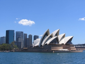 悉尼-【跟团游】大堡礁 热带雨林、黄金海岸三大乐园、悉尼歌剧院入内9天*全程豪华酒店*北京往返*等待确认